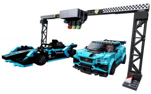 Lego 76898 Speed Champions Formula E Panasonic Jaguar Racing GEN2 car & Jaguar I-PACE eTROPHY